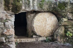 There were numerous witnesses to the resurrection including those whose lives were radically changed.